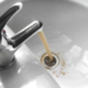 Water tap faucet with flowing contaminat