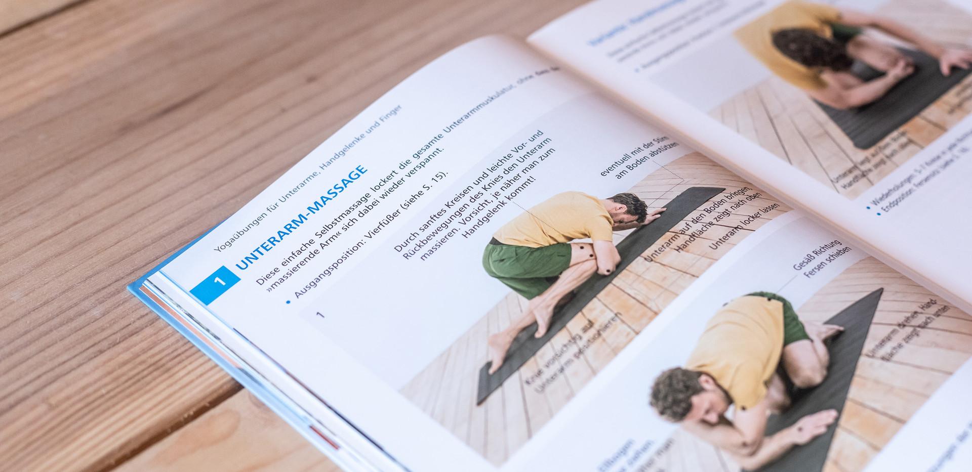 Yogabuch_4.jpg