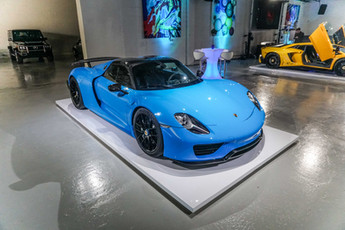 Porsche 918 Spyder Rivera Blue