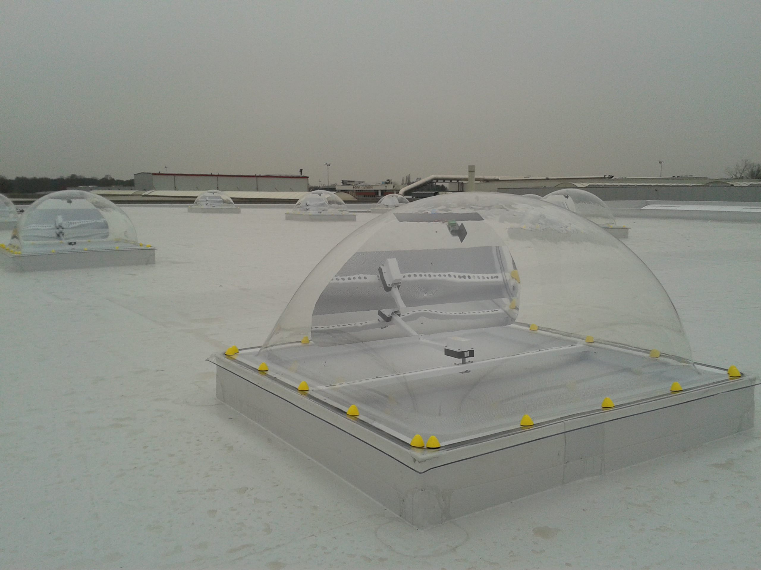 smart-skylight-dome-lsb blokhutten-2