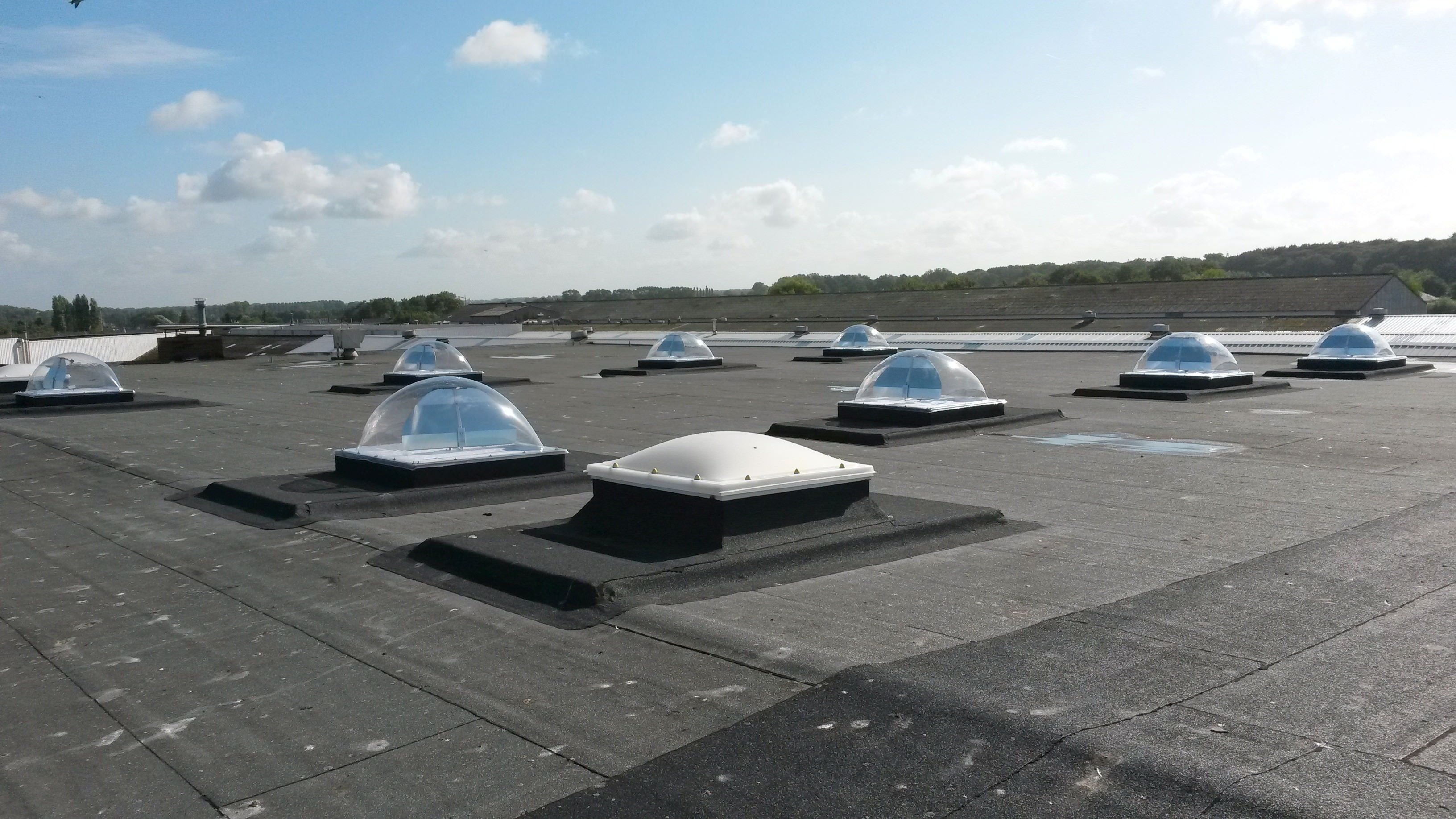 smart-skylight-dome-cnh-02