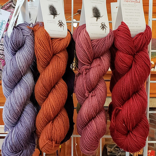 Round Mountain Fiber Arts Willow Worsted 100g
