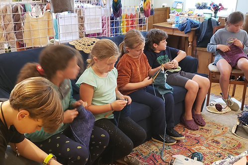 Kid Crafternoons: Knitting 5 class pass