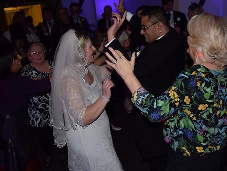 Wedding DJ, London for Elaine and Sukh