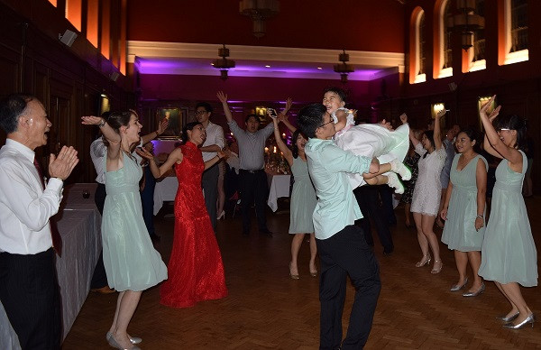 DJ Jules, Wedding DJ London, Great Wedding Party