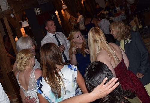 Dancing at the Red Barn, Wedding DJ London, DJ Jules