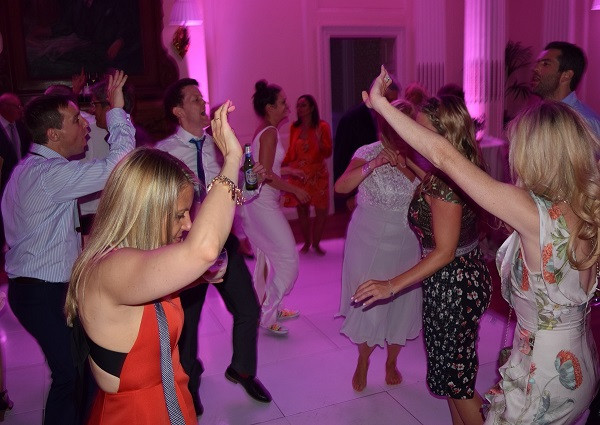 More dancing at Hedsor House, DJ Jules, Wedding DJ London