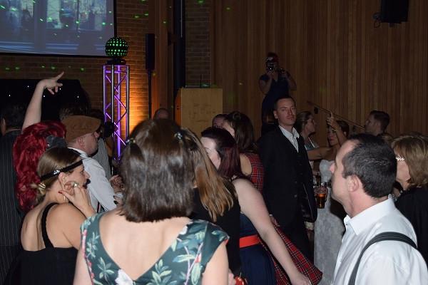 Dancing with DJ Jules Kent Wedding DJ