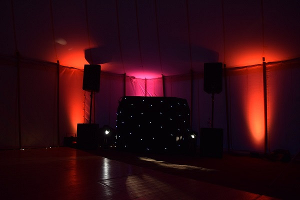 Great looking booth and lighting, DJ Jules, Wedding DJ London