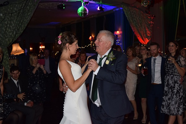 Bride and Father of Bride Dance, East Dulwich Tavern, DJ Jules Wedding DJ London and the south east