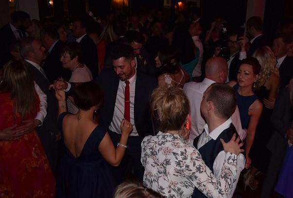 Great dance crowd, DJ Jules, Wedding DJ London