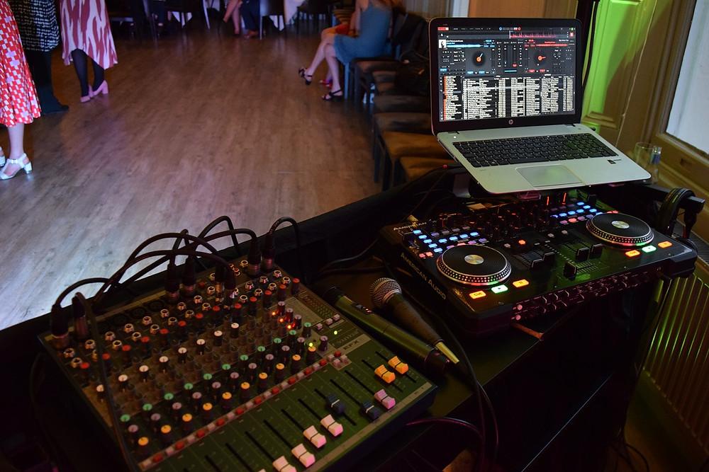 Wedding DJ The Rosendale, Audio Set Up