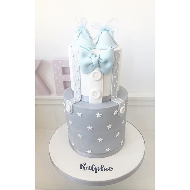 A beautiful baby shower cake! #babyshowe