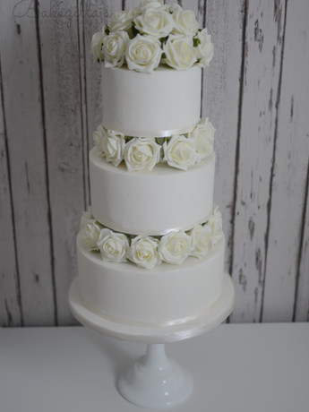 wedding cakes 2016 (2 of 9).jpg