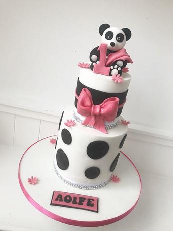 So cute! #birthdaycake #cakemaker #caked