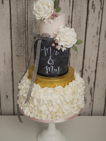 wedding cakes 2016 (4 of 9).jpg