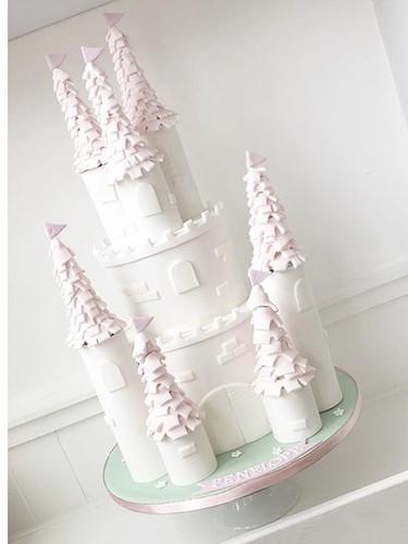 👑 Princess Castle 👑 #castlecake #princ