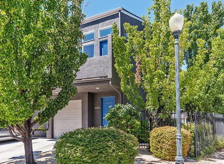 Condos & Townhomes, What's Difference and How Do I Buy One?