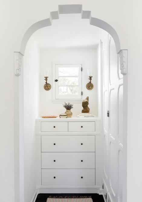 14 - Guest Closet.jpg