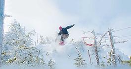 area-WhiteHills-snowboarder-1920x1023-10