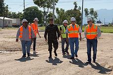 trabajadores en un proyecto