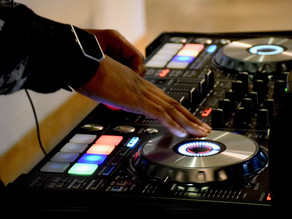INSIGHTFUL MANAGEMENT LESSONS FROM A DJ
