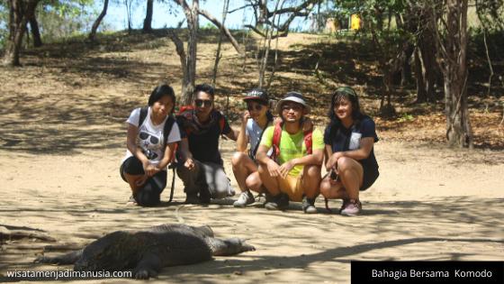 Bahagia Bersama Komodo