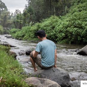 Camping Ceria di Ledok Amprong Tuk Kabur dari Panasnya Surabaya
