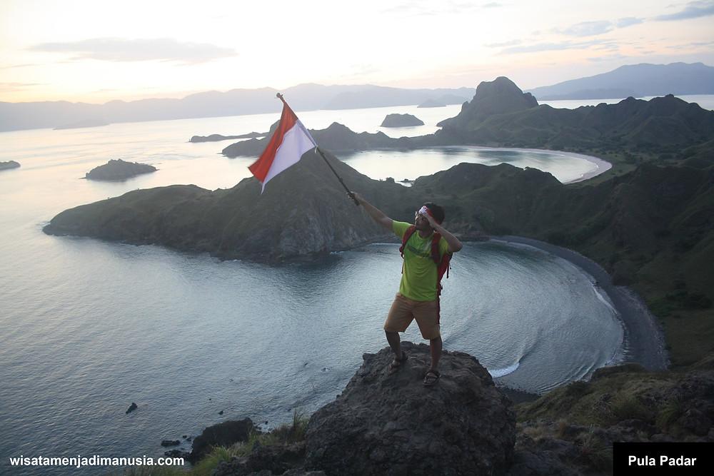 Puncak Pulau Padar Labuan Bajo