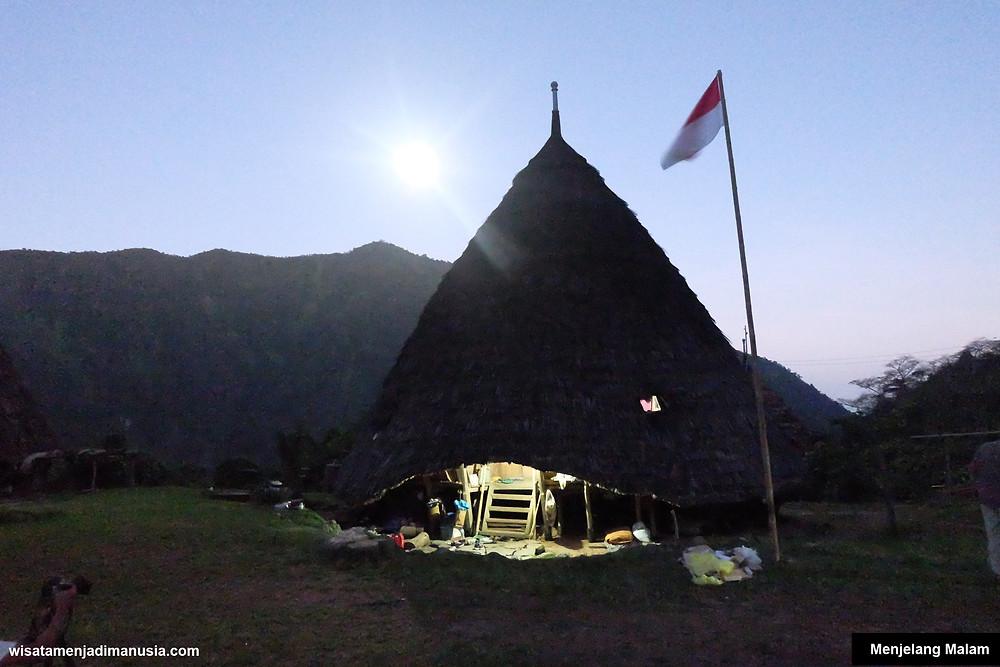 Rumah Adat Desa WaeRebo