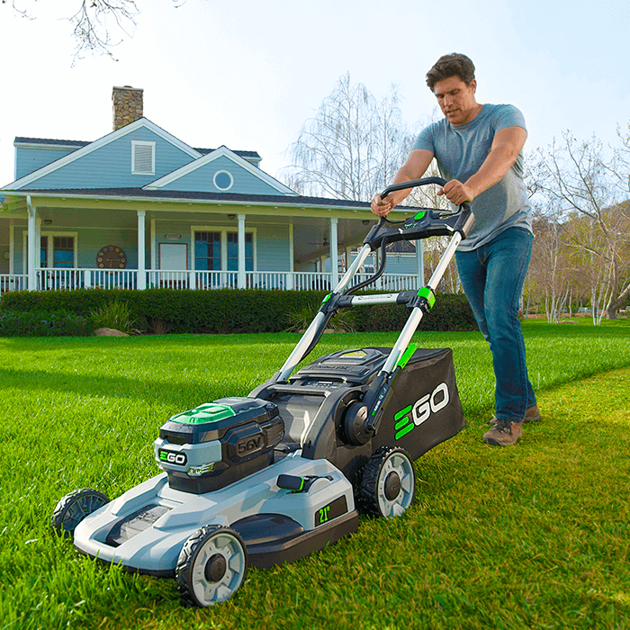lm2101_21_lawnmower_1_self-propelleddriv