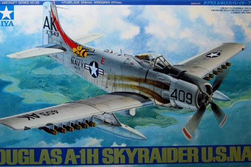 Douglas A-1H Skyraider US Navy