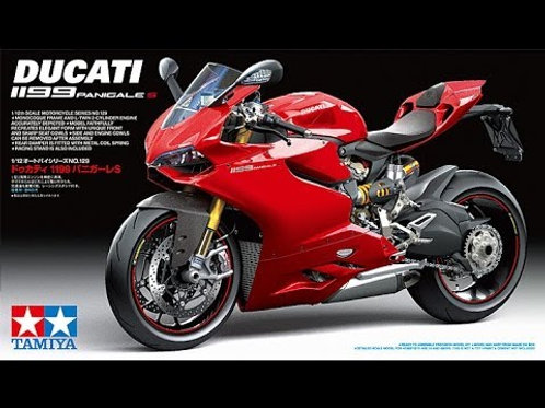Ducati 1199 Panigale S + Lots of Extras