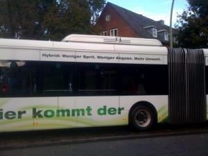 """Hamburger Hochbahn: """"BusBus"""" mit mehr Umwelt"""