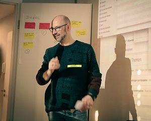 Bernd Lohmeyer bem Coaching UX Design Thinking