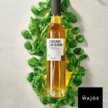 Basilikum auf Olivenöl