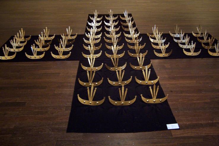 270+ The Santa Cruz Massacre (270+ Massakre Santa Cruz nian), 1996. 3.5x3.5m, mixed media: metal sculpture and cloth
