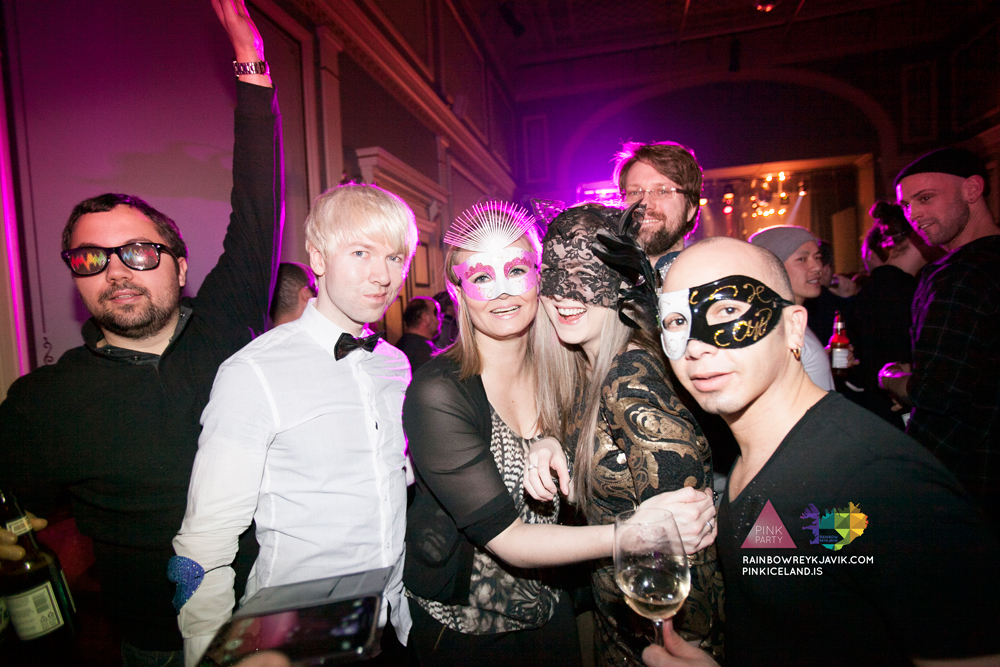 pink_masquerade_party_gay_club_night_reykjavik_iceland_pall_oscar_pink_iceland56