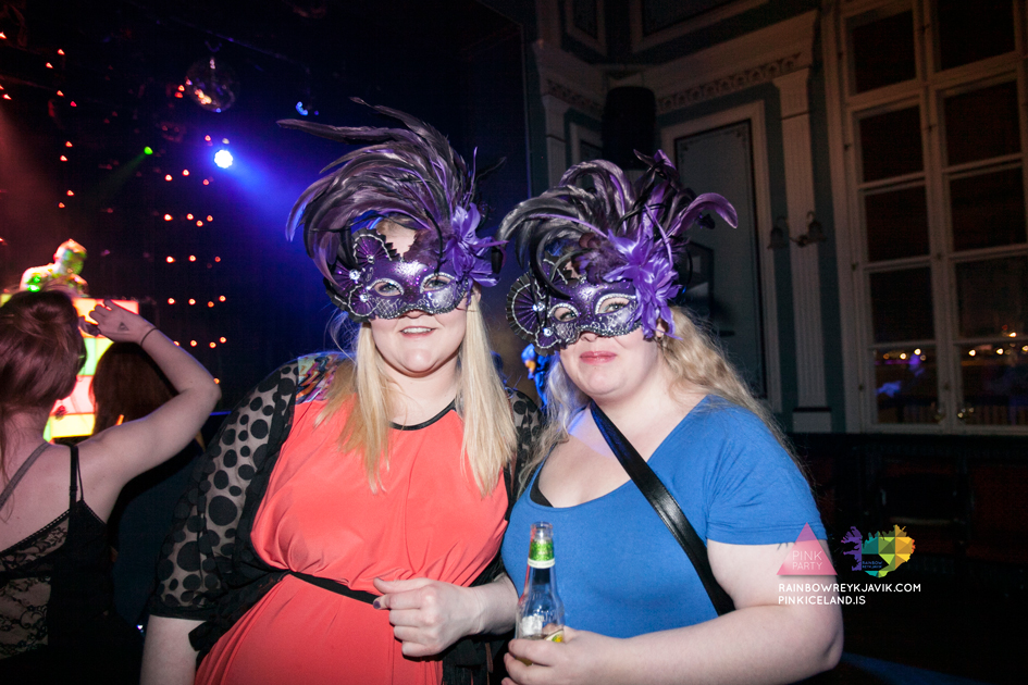 pink_masquerade_party_gay_club_night_reykjavik_iceland_pall_oscar_pink_iceland22