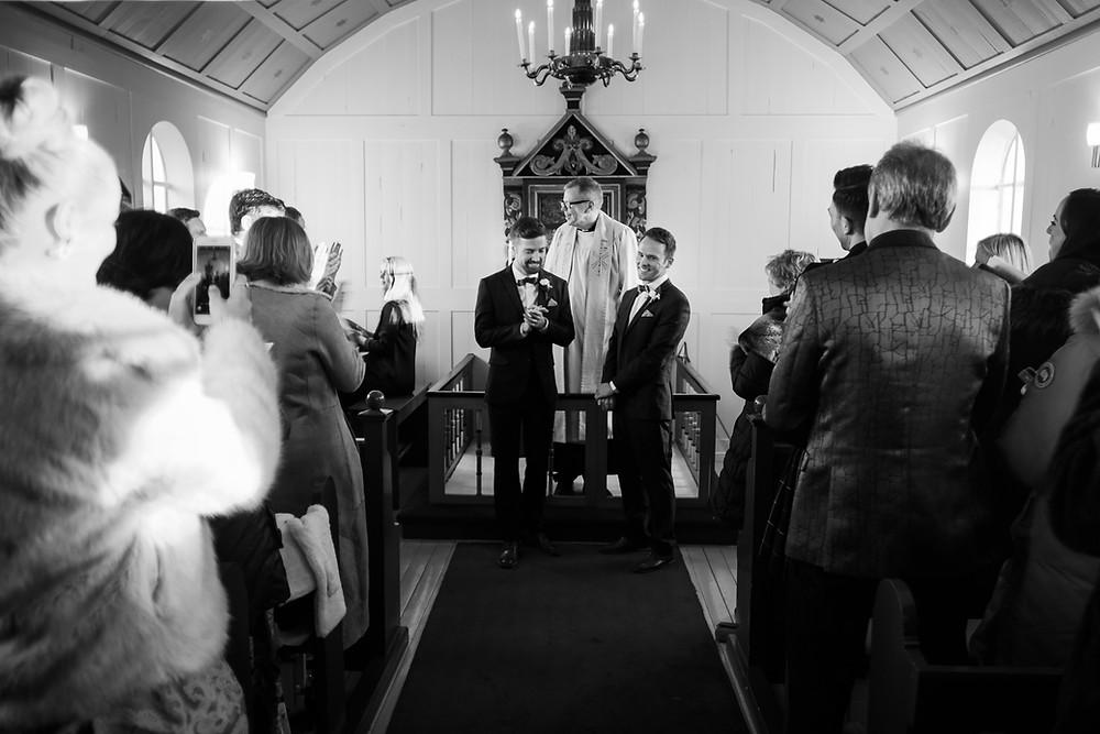 Wedding in Úlfljótsvatnskirkja & reception at Ion Adventure Hotel. Wedding planning by Pink Iceland