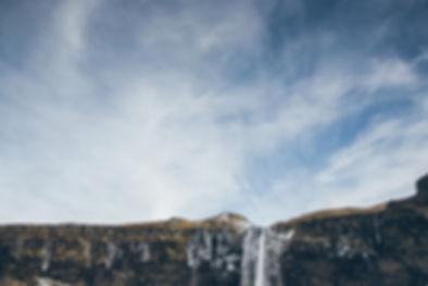 seljalandsfoss_winter_waterfall_south_ic