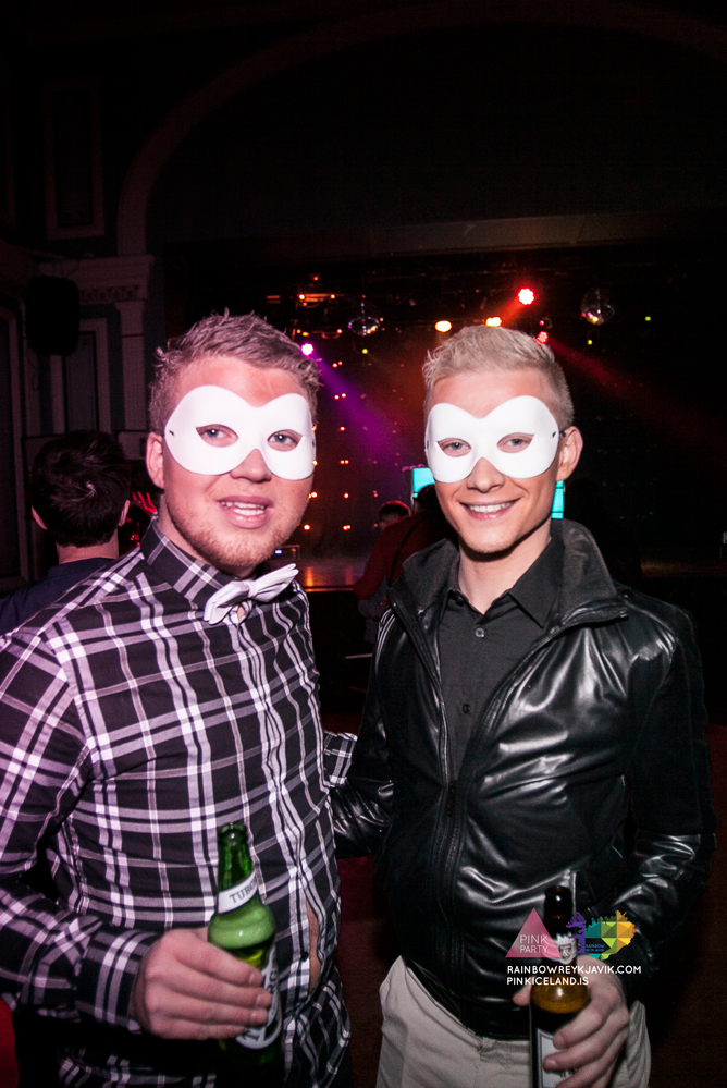 pink_masquerade_party_gay_club_night_reykjavik_iceland_pall_oscar_pink_iceland16