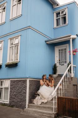 Intimate-elopment-in-iceland-pink-icelan