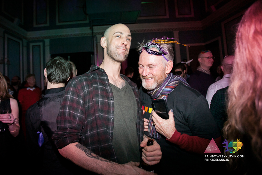 pink_masquerade_party_gay_club_night_reykjavik_iceland_pall_oscar_pink_iceland85