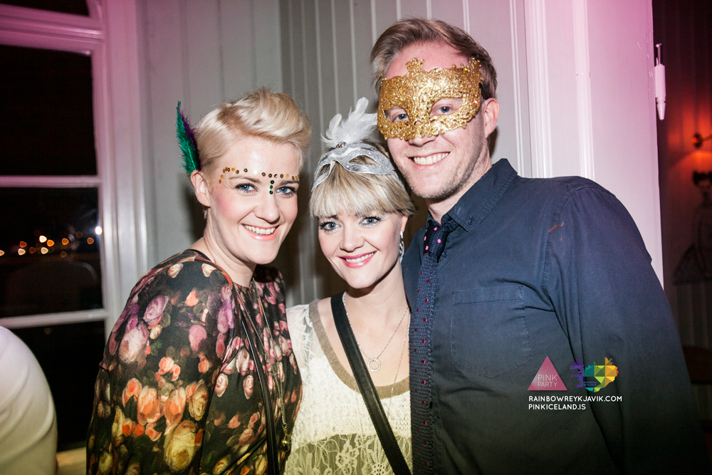 pink_masquerade_party_gay_club_night_reykjavik_iceland_pall_oscar_pink_iceland36