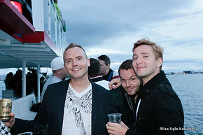 Gay friendly iceland, gay friendly reykjavik, gay iceland, gay reykjavik, lesbian iceland, gay friendly bars iceland, gay bars iceland, gay events in iceland, golden circle tour, geothermal, northern lights, geothermal tour, skiing iceland, iceland, travel