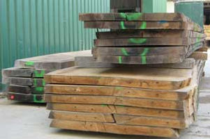 Oak boards timber logs packs