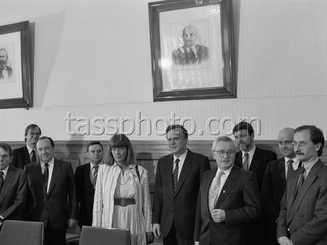 Sveriges finansminister Kjell-Olof Feldt i Sovjetunionen den 17 mars 1989