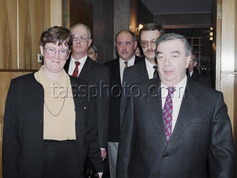 Sveriges utrikesminister Lena Hjelm-Wallén på besök i Ryssland den 28 mars 1996