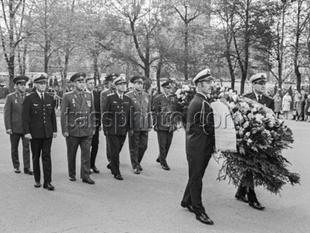Befälhavaren av Sveriges Flygvapen generallöjtnant S.Nyren på besök i Sovjetunionen. 16-17 maj 1972